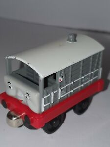 ●Toad● Take-n-Play Along-Thomas and Friends Tank Engine~2006