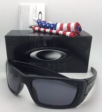 New OAKLEY Sunglasses FUEL CELL OO9096-29 60-19 Black Frame w/USA Logo+Grey Lens