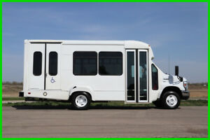 2014 Ford E-350 10 Passenger Paratransit Shuttle Bus Fleet-Maintained
