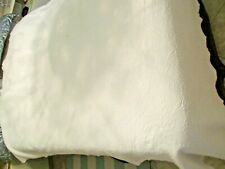 "Pure White Matelasse Martha Stewart leaves & Vines 84"" by 97"" Queen Bedspread"