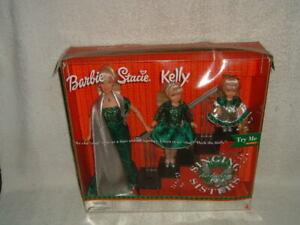 """VTG Barbie Holiday Singing Sisters Stacie Kelly Dolls """"Deck The Halls"""" Mattel"""