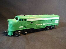 #4751 Penn Central Engine Locomotive Toy HO Train Green
