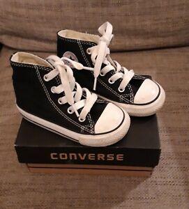 Infants converse size 6