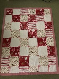 """Heart Red Pink Fabric Patchwork Handmade Small Quilt 35""""x45"""""""