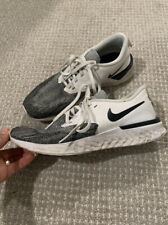 Nike Women's Tennis shoes size 9 White Gray Lace Up Running