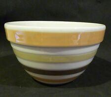 VINTAGE/ RETRO CROWN LYNN BEEHIVE MIXING/ BATTER BOWL 11 cm high,19 cm diameter