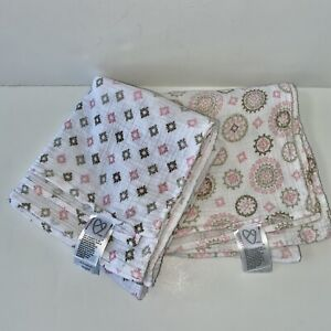 Lot Of 2 Swaddle Me Baby Blanket White Pink Gray Muslin Wrap Summer Lightweight