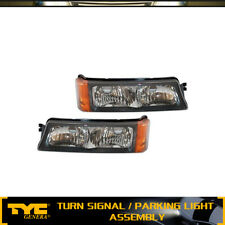 TYC 2X Turn Signal/Parking Light Lamp Front LH+RH For 02-06 Chevy Avalanche 1500