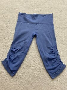 Lululemon In The Flow Cropped Ribbed Stretch Leggings Ruched Blue Size 8