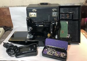 Singer Featherweight Sewing Machine 221 with case & attachments 1951