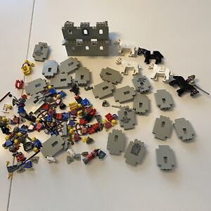 Large Lego Lot Including Lots Of Castle Pieces Horses Knights Warriors Vintage