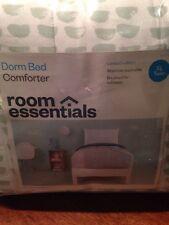 Room Essentials Dorm Bed Comforter In XL Twin Size