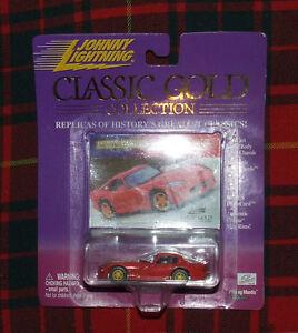 1998 Dodge Viper Johnny Lightning  Classic Gold  Series 404-06