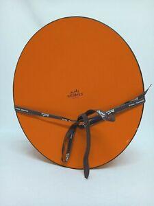 Hermès hat box orange with brown & white logo ribbon tie oval 34x29x17cm