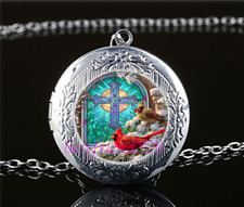 Christmas Northern Cardinal Glass Tibet Silver Chain Locket Pendant Necklace