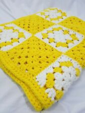 Vintage Handmade White and Yellow Floral Square Crochet Throw Blanket 60s 69x49