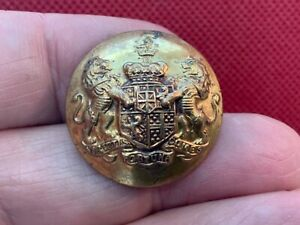 DUKE OF WELLINGTON (Wellesley) 25.6mm Gilt LIVERY BUTTON PITT & Co. Early 20th C