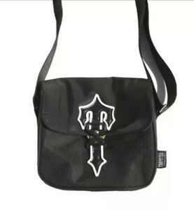 Trapstar Irongate Cross Body Bag Black | CENTRAL CEE | BRAND NEW IN HAND SEALED
