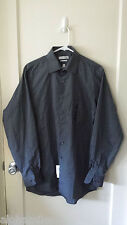 Men's Gray Button Down Wrinkle Free Shirt, Size 15-15 1/2, 34/35, Van Heusen.