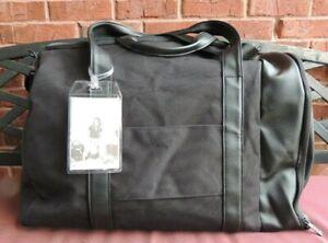 Beis The Duffle  Le Sac de Sport Black Bag with Shoulder Strap