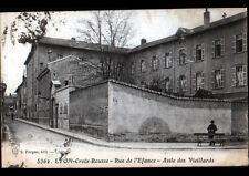 LYON (69) CROIX-ROUSSE , ASILE de VIEUX , Rue de l'ENFANCE animée en 1917
