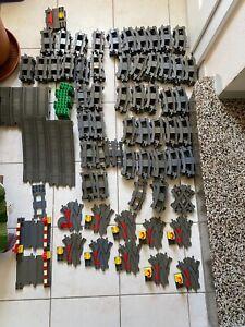 Riesiges Lego Dublo Eisenbahn-Schienen-Set mit Lok und jeder Menge Steinen