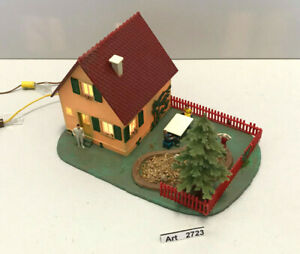 Vau-pe 135 H0 Haus mit Garten & Tanne, Beleuchtung, Figuren, sehr selten & RAR
