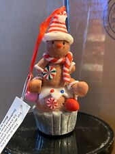 bath and body works Gingerbread Man Cupcake 3 Wick Candle Magnet