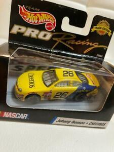 Johnny Benson #26 Cheerios Taurus Hot wheels Pro Racing 1:64