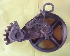 ANCIEN AXE DE POULIE DE PUITS  ACIER FORGÉ XIX 4460Gr . 28cm