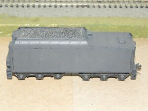 Mantua HO Undecorated Long Haul Steam Locomotive Tender