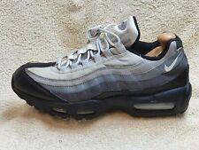 Nike Air Max 95 Essential Zapatillas Para Hombre De Cuero Negro/Gris/Blanco Reino Unido 9 EUR 44