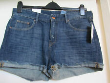 H&M Low Rise Blue Denim Hot Pants / Shorts in Size 14 - BNWT