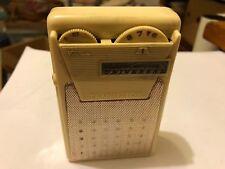 Vintage Universal Six Transistor Radio Cream Colored Model PTR-62B 1962 Japan