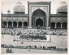 INDE c.1950 - Prière du Vendredi à la Grande Mosquée de Delhi  - GF 183
