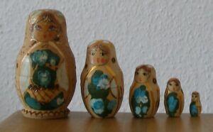 Russische Matroschka, schöne Matrjoschka! Babuschka. Matrioschka. 5 Holz-Puppen