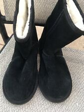 Womens Black Suede Leather EMU Winter Boots Size 7