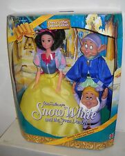 #3661 NRFB Mattel Disney Dance N Play Snow White, Dopey & Sneezy Deluxe Giftset