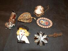 STUNNING JOB LOT OF RETRO VINTAGE X7 BROOCHES