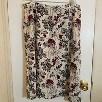 Sag Harbor Womens Large White, Black and Red Floral Skirt
