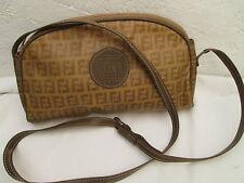 AUTHENTIQUE sac à main  bandoulière FENDI cuir  BEG vintage bag