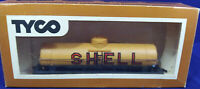 TYCO - SHELL Model Train Tank Car, yellow. Vintage. HO Scale. In Package