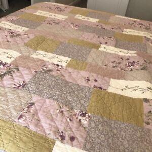 Vintage Patchwork Quilt Twin Sz Pink Gold Velvet Rose Print Embroidered Cottage