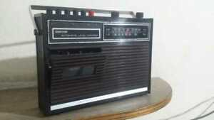 WALTHAM Automatic Level Control Radio Cassette AM/FM