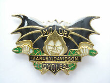 HARLEY DAVIDSON BAT MOTOR CYCLES ROCKERS BIKER BIKE HOG RACING PIN BADGE SALE