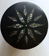 ANCIENNE BOITE SIAM/ BOIS TORCHIS/ LAQUE NOIRE/ NACRE ABALONE/ ANNEES 20/30