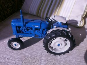 Fordson Super Major New Performance Tractor, SCALE 1-16, MODEL UH2780.