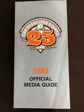 Vintage SAN FRANCISCO GIANTS MEDIA GUIDE 1982 Frank Robinson Willie McCovey