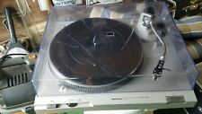 Vintage Technics SL-D2 Turntable Direct Drive Auto-Return Record Player