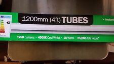 2 x DEL 4 ft (environ 1.22 m) Tubes Neon Light 1750 LUMES 4000k Blanc Froid 18 W